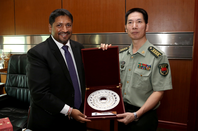 Chinese Defence Attac meets State Ministe 20170103